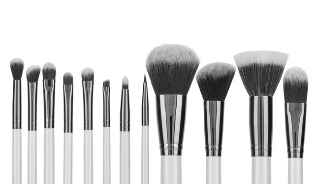 Waarom het belangrijk is om make-up kwasten te reinigen