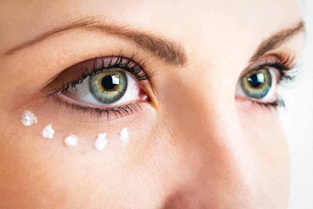 iStock 509869036 1024x683 - Serums …. een boost voor je salon! - nieuws