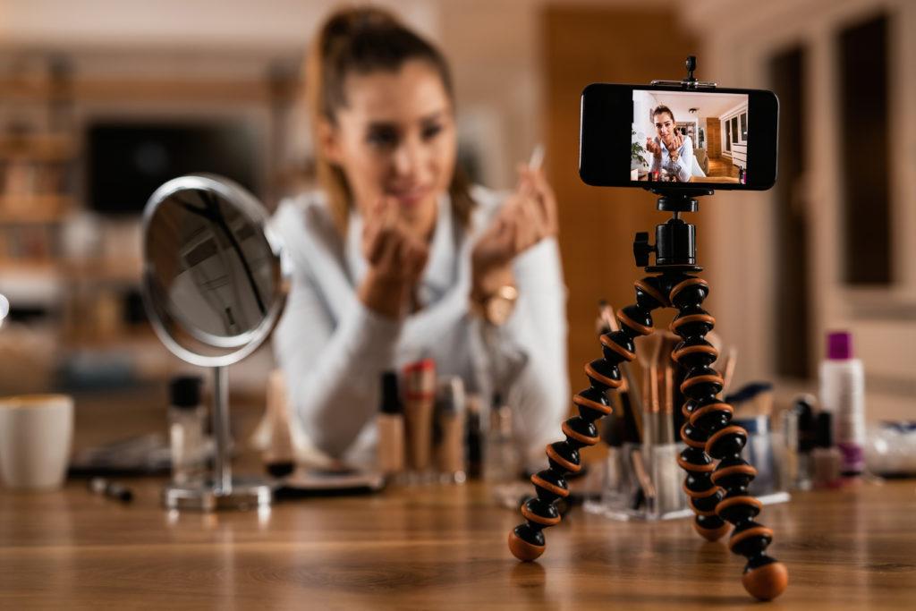 beautyvlogger 1024x683 - Stilzitten is geen optie .... - nieuws